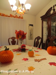 Thanksgiving_dining room