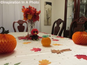 Thanksgiving_dining room table