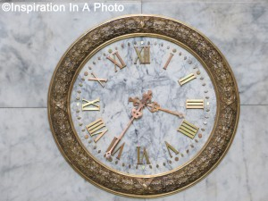 Clock in marble_rotunda