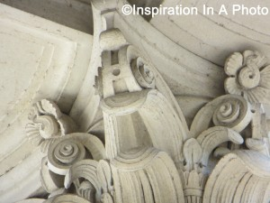 Corinthian column capital_close-up