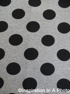 Polka dots_black and gray
