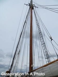 The Adventuress_mast and sail