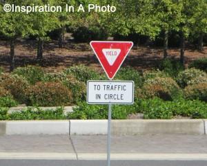 Yield sign_traffic circle